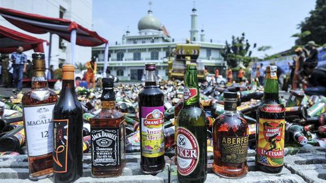 RUU Larangan Minuman Beralkohol: Penjual-Peminum Miras Terancam Dibui