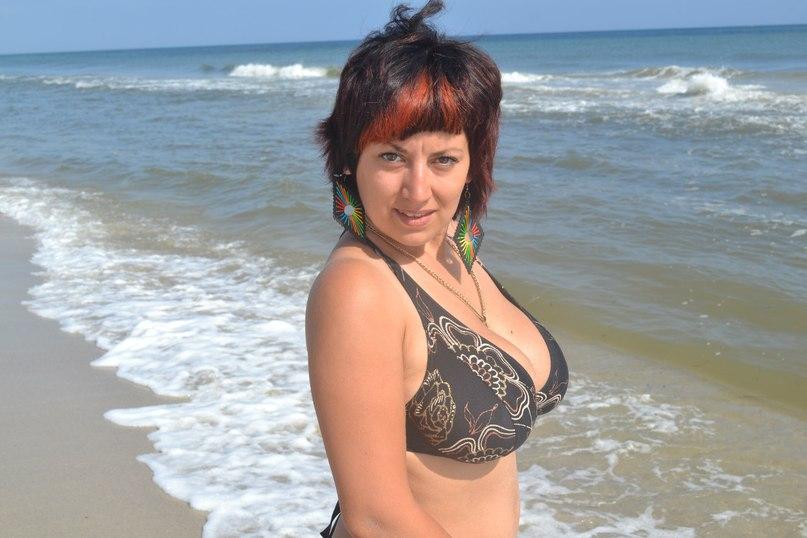 Russian Women Katerina 32