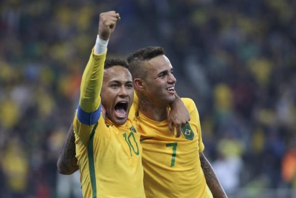 Brasil vence Colômbia por 2 a 0 e pega Honduras na semifinal