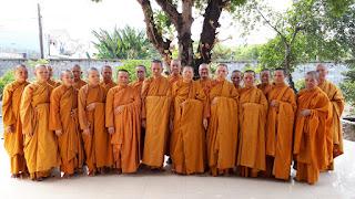 Khóa Tu Phật Thất 2018 IMG_20180423_144722