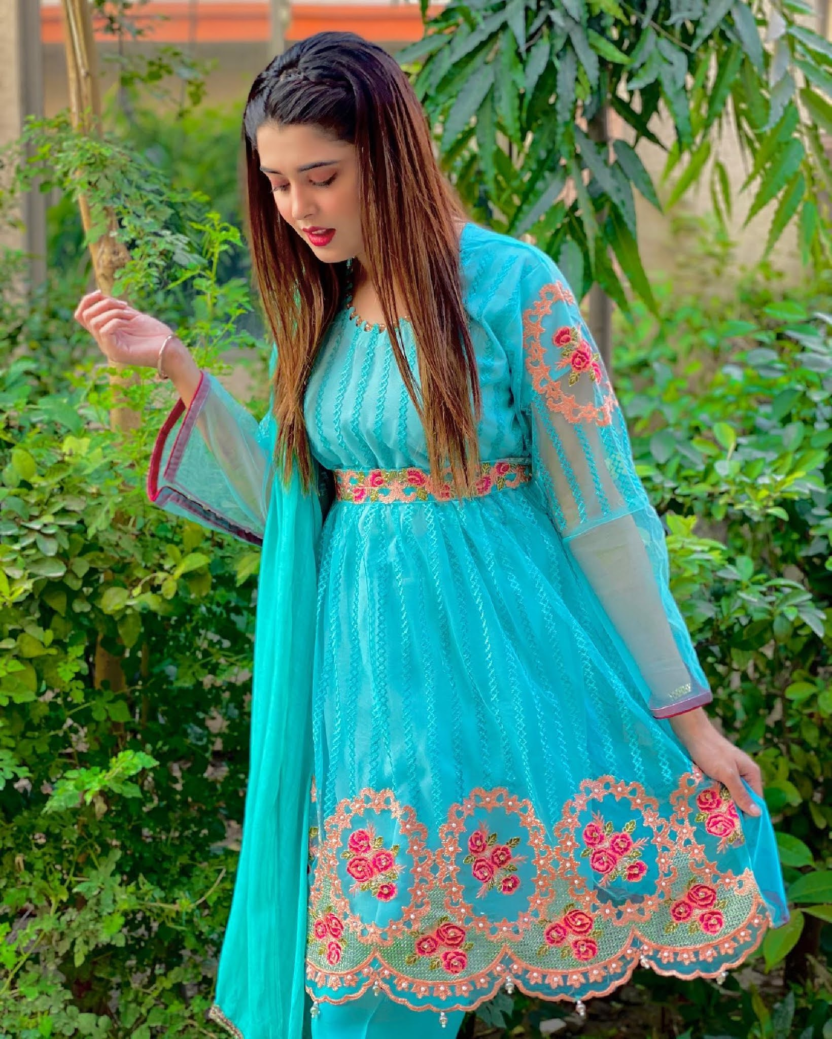 Kanwal Aftab Bra Size Height Weight and Age