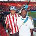 H συγκινητική φώτο του Αντετοκούνμπο με τον πατέρα του στο Καραϊσκάκης