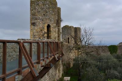 TORRI-DI-MONTERIGGIONI