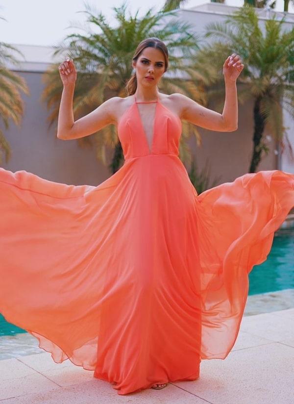 vestido de festa longo laranja fluido para casamento dia