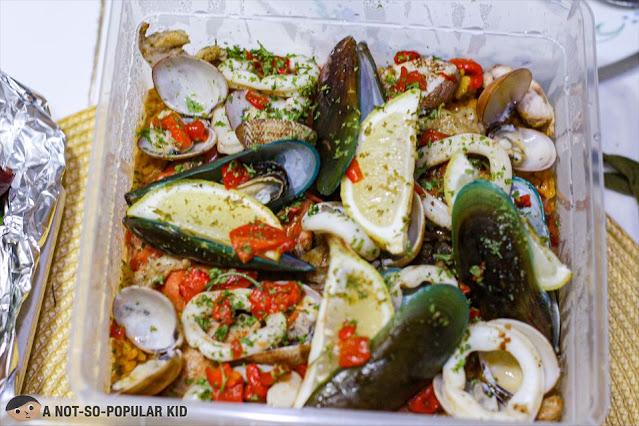 Seafood-galore in Bayani Gourmet's Paella Valenciana