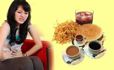 Makanan yang Wajib Anda Hindari agar Tidak Nyeri Haid