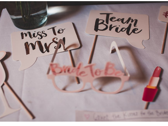 Planning a Bridal Shower 101: Becoming the Best Host For the Bride
