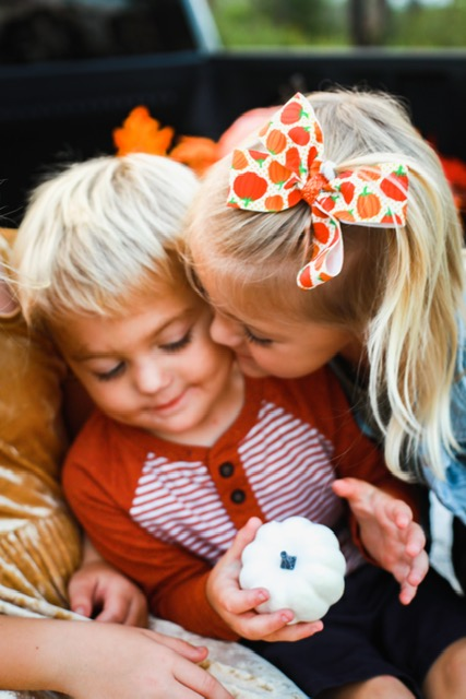 family-photography-photos-tips-styling-fall-athomewithjemma