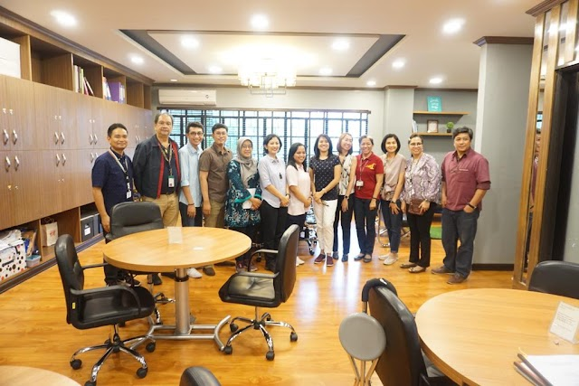 Academic Visit:  Members of the Faculty of Dentistry, Universitas Airlangga Surabaya, Indonesia.