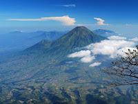 Inilah Daftar Gunung di Jawa Tengah yang Harus Anda Ketahui dan Ketinggiannya