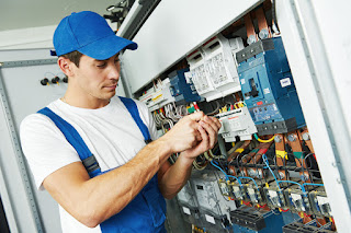 hire Electrician through Theincircle