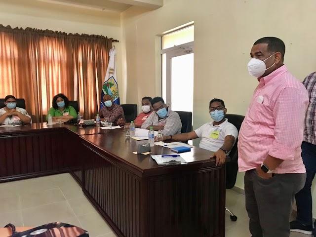 Alcaldía de Barahona y PNUD realizan encuentro con jóvenes para Plan de Recuperación Socioeconómica.