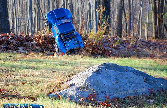 Pro-Line Pro-2 SC jumping boulder