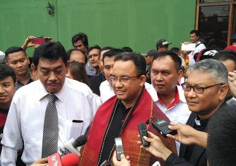 Cagub Anies Baswedan mendapat dukungan dari Komunitas Batak Marbisuk