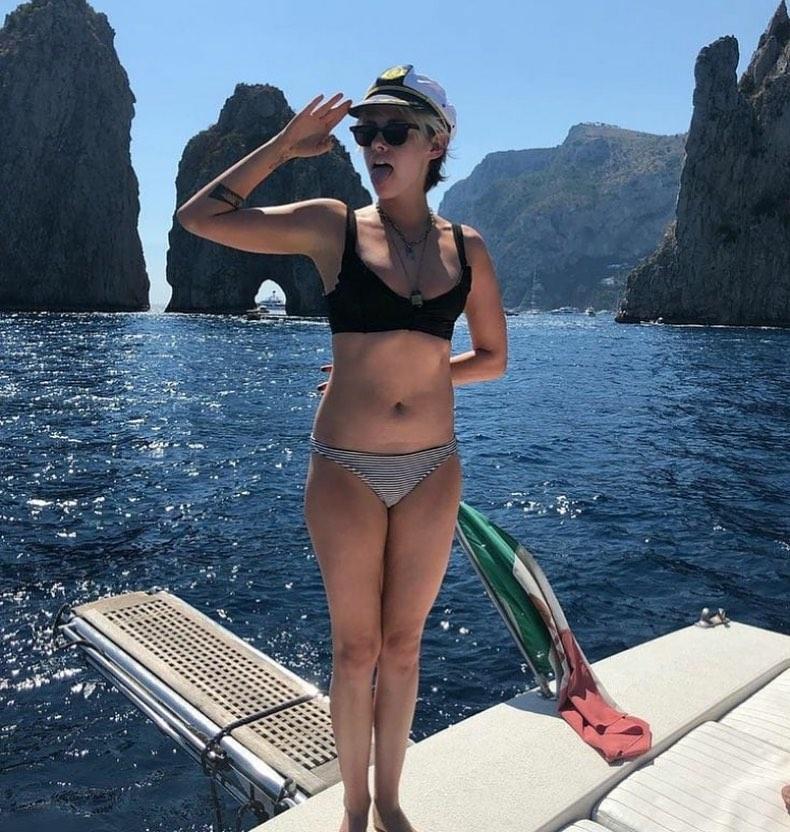 Kristen Stewart INstagram Click 24 Apr-2020