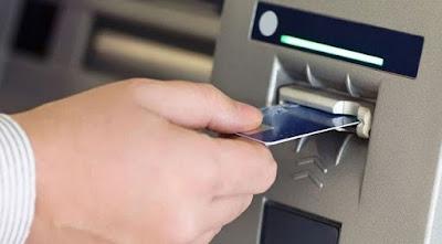 Kartu atm tertelan atau masuk dan tak dapat keluar lagi di mesin atm Syarat dan Tutorial Mengatasi Kartu ATM yang Tertelan di Mesin ATM
