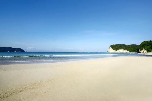 Masih-Perawan-Yuk-Kunjungi-3-Destinasi-Pantai-Di-Sumba
