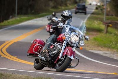 2016 Indian Springfield on road image
