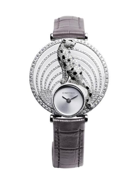 ساعة نسائية خاطفة للأنفاس بتصميم غير تقليدي