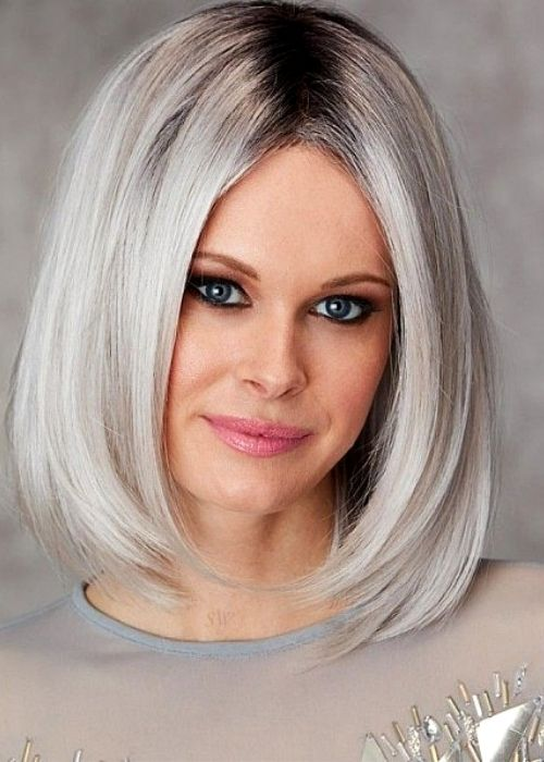 Flattering Hairstyles for Oval Face - Sleek Bob Hairstyle for Oval Face