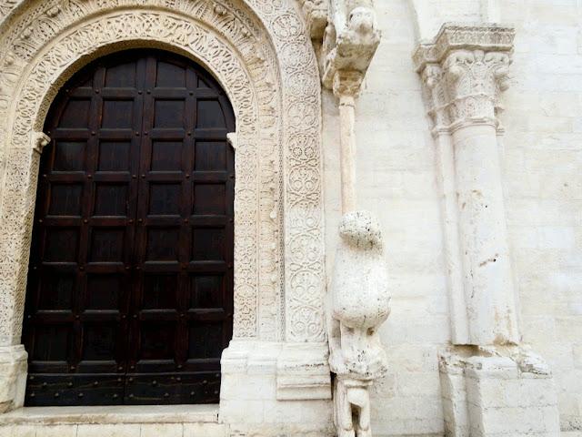 Portale Cattedrale Ruvo di Puglia