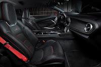 Chevrolet Camaro ZL1 (2017) Interior