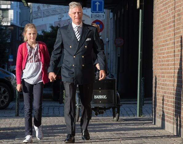 Crown Princess Elisabeth wore Zara short parka and jeans. Prince Gabriel