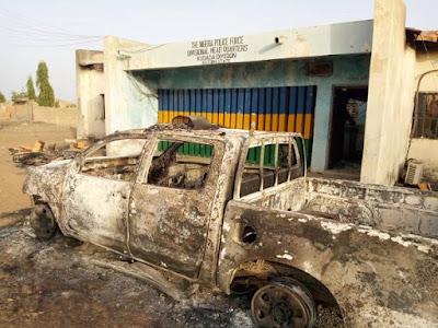 Welcome To Ladun Liadi's Blog: PHOTOS: Angry youths burn police ...
