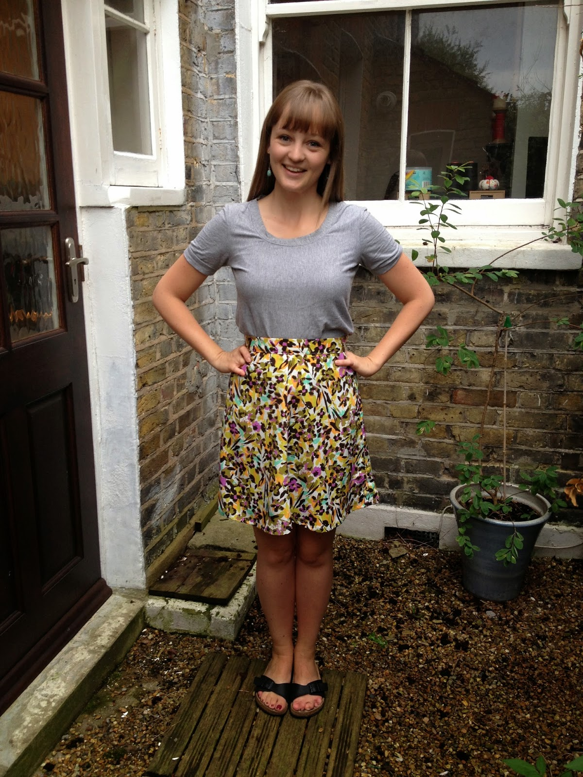 Diary of a Chain Stitcher: Tilly and the Buttons Miette Skirt in John Kaldor Crepe