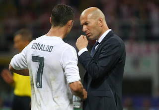Zinedine Zidane is angry at the penalty of Ronaldo