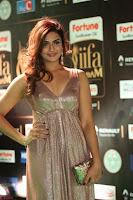 Telugu Actress Aarthi in Deep Neck Backless Golden Gown at IIFA Utsavam Awards 2017 Exclusive 45.JPG