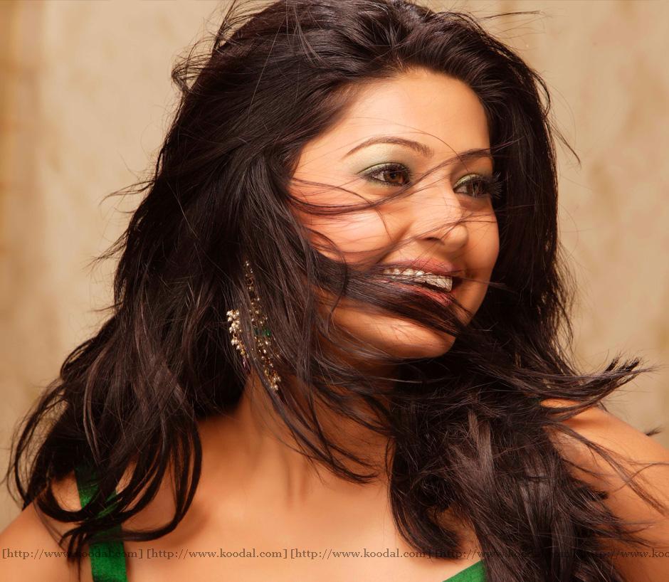Sneha Stills Murattu Kaalai Sneha Upcoming Tamil Movie: Sneha Tamil Hot Glamorous Photos