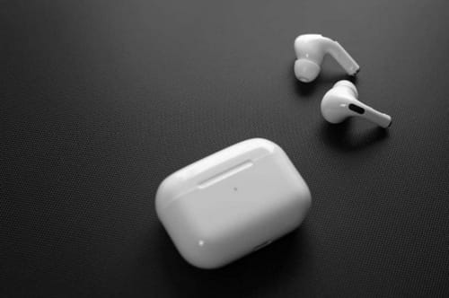 Apple is fixing the AirPods Pro control issue