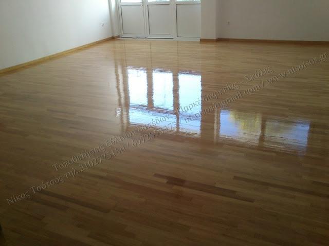Τοποθέτηση ξύλινου δαπέδου σε αίθουσα χορού