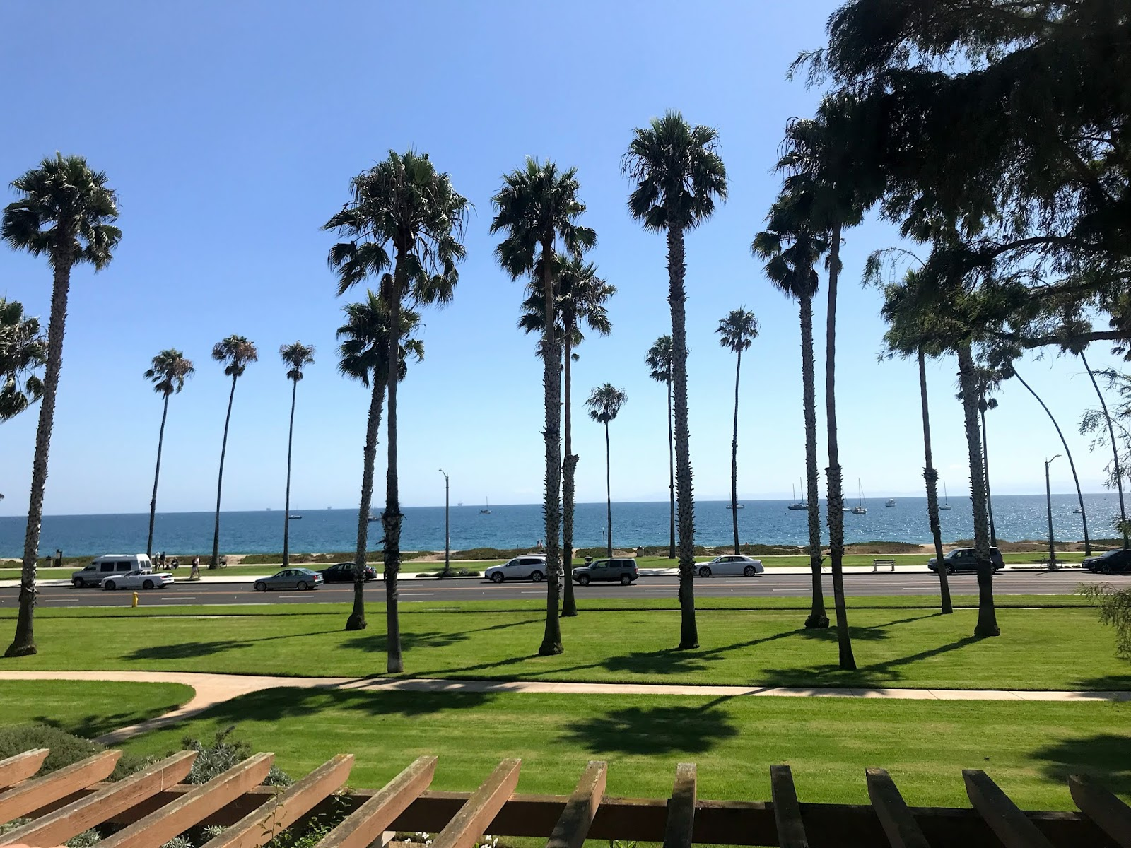 santa-barbara-travel-guide