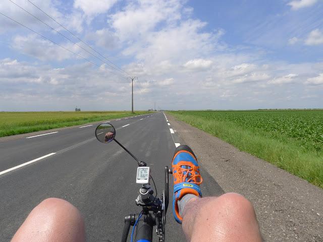 Tour de la Beauce en vélo couché  à l'approche de Chartres