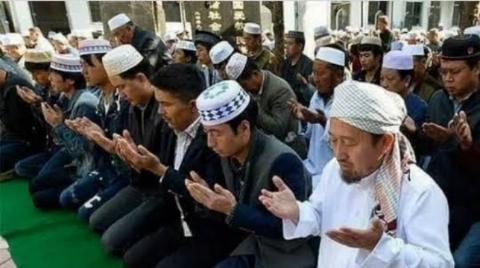 চীনা তরুণদের সবচেয়ে জনপ্রিয় ধর্ম ইসলাম!