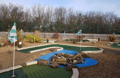 Minigolf at Dobbies Garden Centre in Peterborough