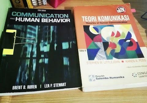 2 Buku Rekomendasi Memahami Dasar-Dasar Teori dan Ilmu Komunikasi