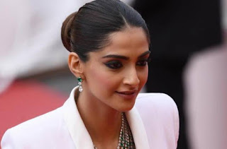 sonam-kapoor-will-work-in-the-remake-of-blind