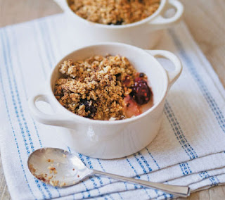 blackberry and apple crumbles recipe