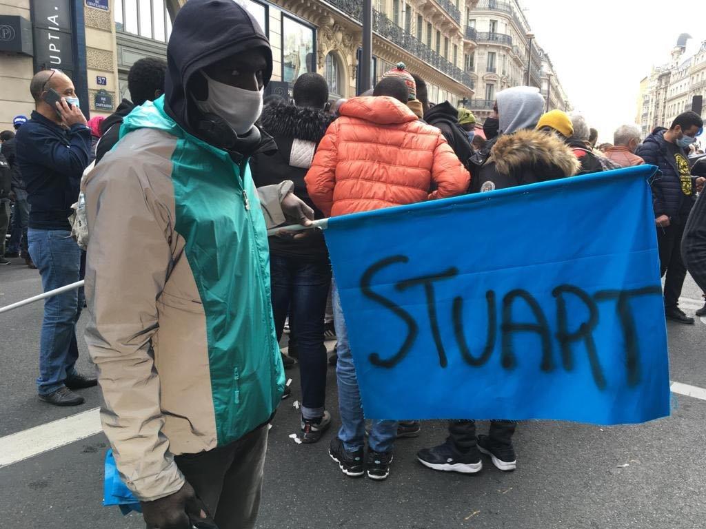 Le service de livraison Stuart limoge des dizaines de travailleurs sans-papiers en France