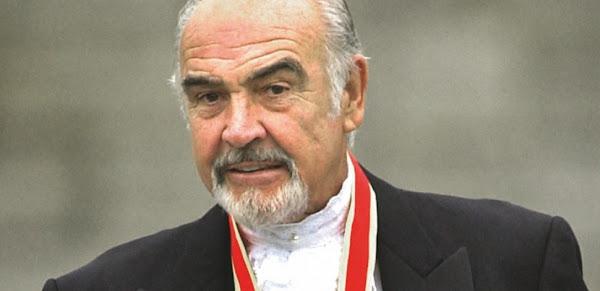 Sean Connery : de son enfance prolétaire à la gloire planétaire