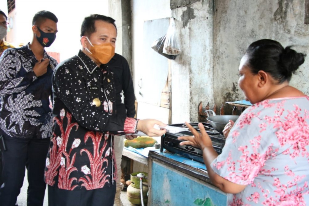 Pjs Gubernur Fatoni Gencarkan Gerakan Sulut Bermasker di Manado