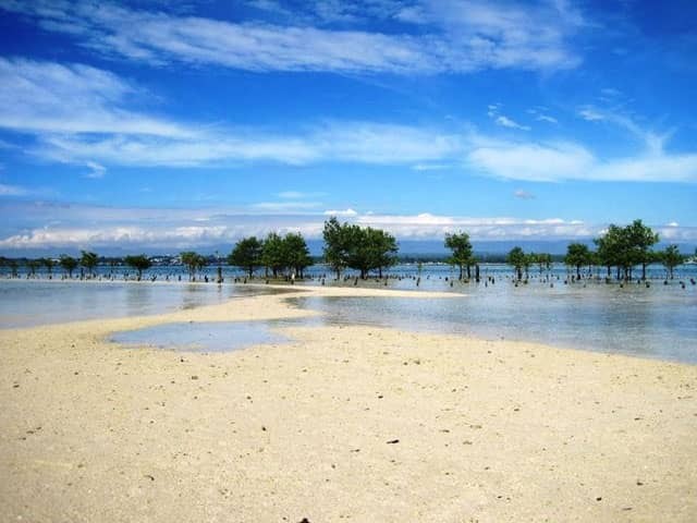 Sanipaan Island