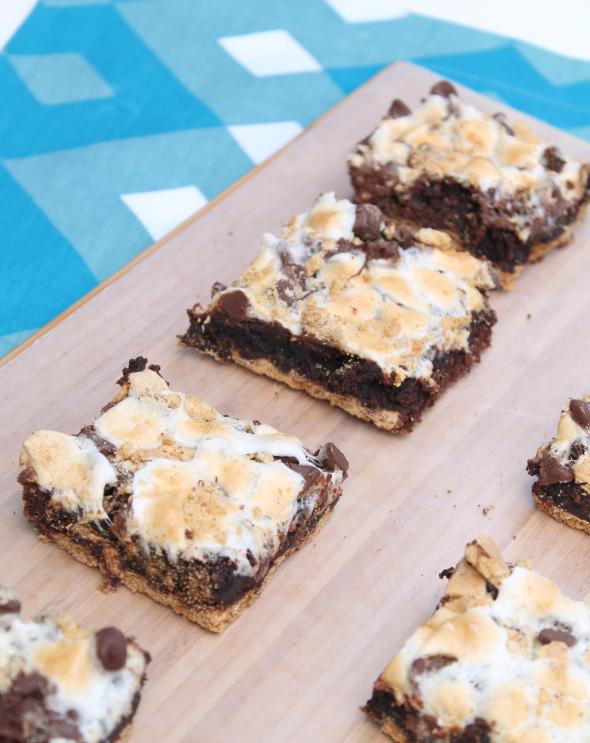 Whatcha Makin' Now?: S'More Brownie Bars