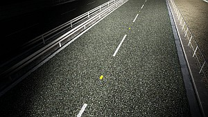 Luminescent Plate on Road Lines