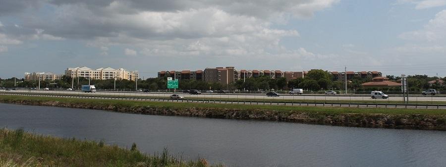 Vista de Weston desde los diques