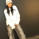 Andrea Rincon, Selena Spice Galeria 19: Buso Blanco y Jean Negro, Estilo Rapero Foto 6