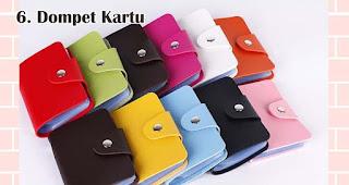 Dompet Kartu merupakan salah satu rekomendasi souvenir spesial di hari kartini